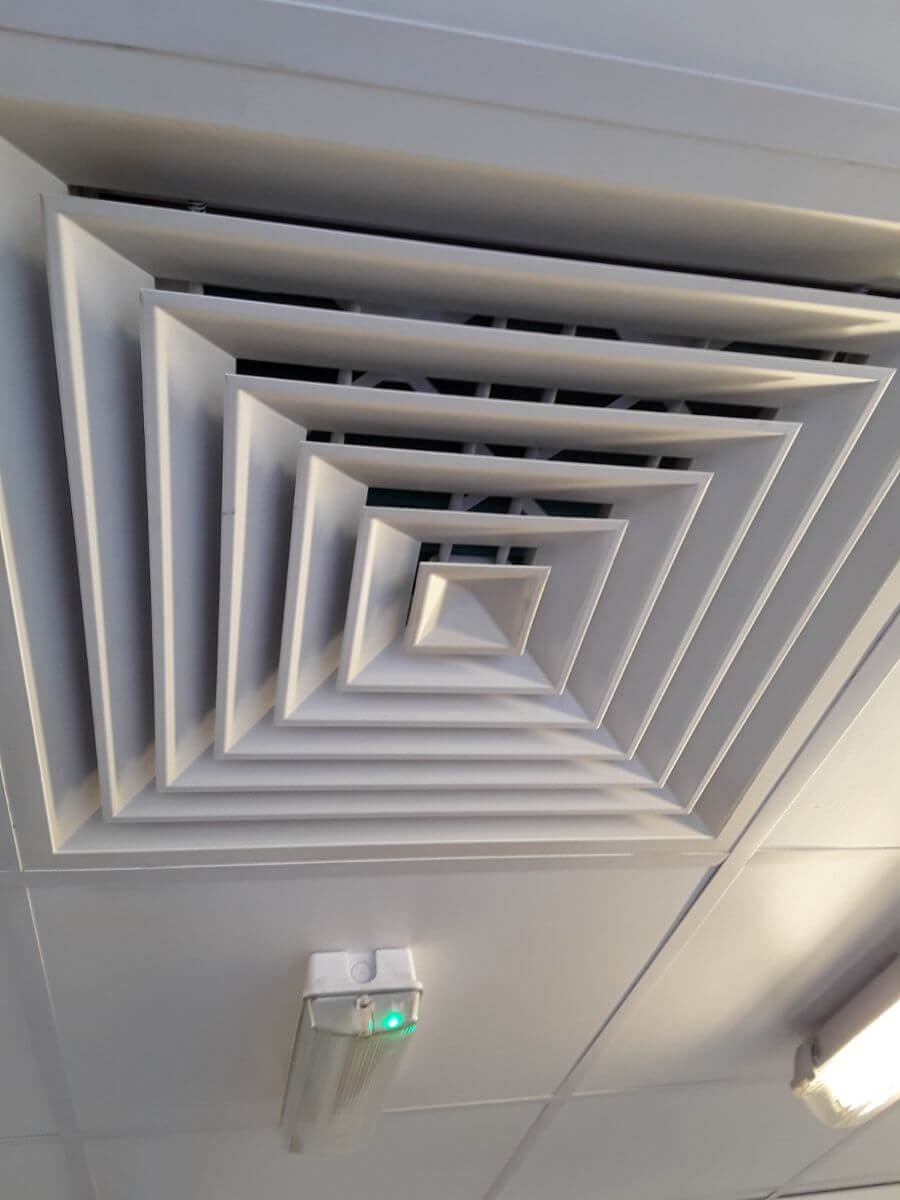 ceiling extraction vent